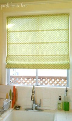 DIY roman shade from a mini blind - and look at garden divider in stead of café curtains