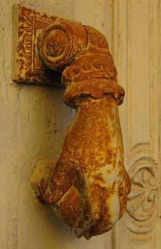 ,antique door knocker