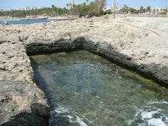 Una de las muchas estructuras de piedra antigua en Antalya, Turquía.  (Cortesía del Dr. Alexander Koltypin)