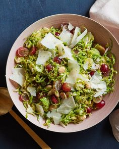 Shaved Brussels Salad from www.whatsgabycooking.com (@whatsgabycookin) Shaved Brussel Sprout Salad, Shredded Brussel Sprouts, Sprouts Salad, Brussels Sprouts, Best Dinner Recipes, Top Recipes, Easy Healthy Recipes, Salad Recipes, Snacks Recipes