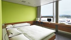 Do you need to spend the night at Zurich Airport? Or perhaps you'd just like to relax for a few hours? If so, why not book one of our day rooms at transit Hotel Zurich Airport.