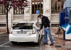 Bornes de recharge pour voitures électriques : de l'anarchie à la gestion