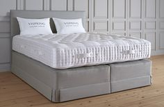 Discover the UK's largest range of luxury, high quality divan beds from Vispring. Each bed is designed to be the ultimate recipe for a perfect night's sleep. Premium Bedding, Mattress Sets, Mattress, Vispring, Bed, Luxury Mattresses, Traditional Bed, Luxury Bedding, Divan Sets