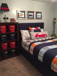 13 Teenage Boys Bedroom Design With Minecraft Theme ~ Beautiful House Cool Bedrooms For Boys, Big Boy Bedrooms, Boys Bedroom Decor, Awesome Bedrooms, Bedroom Colors, Bedroom Wall, Bedroom Themes, Boys Bedroom Ideas 8 Year Old, Little Boy Bedroom Ideas