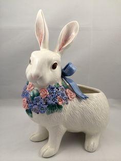 Fitz and Floyd Planter, Flora Rabbit Planter, Fitz and Floyd Easter planter, Easter bunny decor