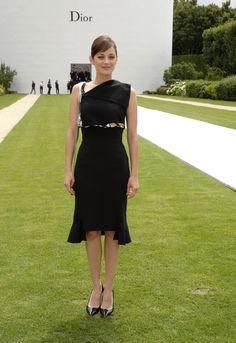 Marion Cotillard - Christian Dior fashion show in Paris - July 7, 2014
