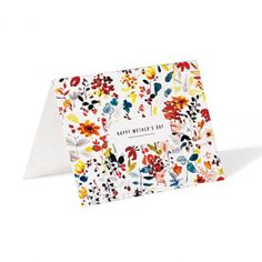 Cute free floral printables from @Martha Stewart Living - cute to use as photo transfers, cards or gift wrapping! #marthastewart #marthastewartcrafts #plaidcrafts #diy #crafts #12Monthsofmartha