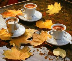 je t'offre un café en ce jour d'automne (gifs animé)