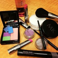 Love the new Mary Kay At Play Color Collection, and the new Fall Looks!! Contact me for more information or to place an order! :) www.marykay.com/jacquelineawilliams