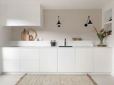 Kitchen Room Design, Kitchen Interior, New Kitchen, Küchen Design, House Design, White Kitchen Decor, Decor Interior Design, Home Kitchens, New Homes