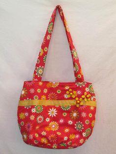 """Schultertaschen - """"Happy-Flower""""-Schultertasche rot - ein Designerstück von das-kreative-naehstudio bei DaWanda"""