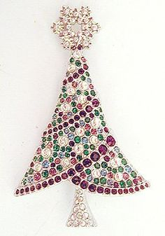 http://www.beadshop.com.br/?utm_source=pinterest&utm_medium=pint&partner=pin13 arvore de natal pedrarias arvore natal strass Christmas Tree Pin