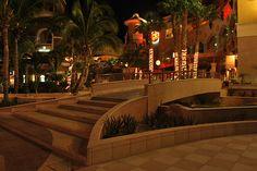 Puerto Paraiso: Cabo's Shopping Paradise