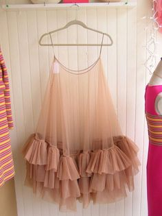 Viktor and Rolf Crinoline. The ruffled crinoline would add fullness to the skirt (if one were to be layered over top). Mode Inspiration, Looks Style, Mode Outfits, Mode Style, Tulle Dress, Diy Clothes, Passion For Fashion, Ideias Fashion, Fashion Dresses