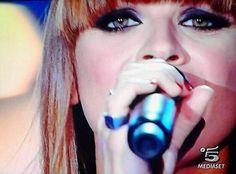 "La chiamano ""Alessandra Amoroso"" io la chiamo VITA. La chiamano ""musica"" io la chiamo OSSIGENO ❤️ @Alessandra Amoroso"