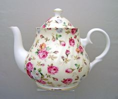 Heirloom Antique Rose Bone China Teapot – 6 Cup
