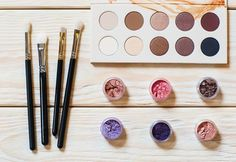 Types of Eyeshadow Makeup + How to Apply Them | Makeup Tips and Tricks For Beginners by Makeup Tutorials at http://makeuptutorials.com/eyeshadow-makeup-tutorials/