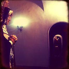 Los santos te vigilan..que miedo da no?