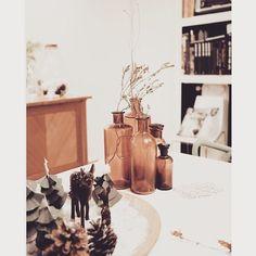 Table d'hiver, jolis flacons d'apothicaire, décoration #madecoamoi @judegiacomi Homemade Strawberry Shortcake, Tasty, Yummy Food, Decoration, Hui, Painting, Link, Blog, Winter