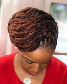 ⠀⠀⠀⠀⠀⠀⠀⠀⠀ 📲Book your spot with one of our fly stylists⠀⠀⠀⠀⠀⠀⠀⠀⠀⠀⠀⠀⠀⠀ 🗽New York City ⠀⠀⠀⠀ 📩… Dreadlock Hairstyles, African Hairstyles, Twist Hairstyles, Cool Hairstyles, Dreadlock Styles, Dreads Styles, Beautiful Dreadlocks, Natural Hair Styles, Long Hair Styles