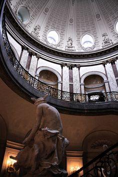 Beneath the dome    Rotunda of the Bode Museum, Berlin, 1904. Architect: Ernst von Ihne.