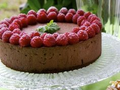 Gluten free Chocolate Mousse Cake with Raspberries / Glutenfri chokladmoussetårta med hallon