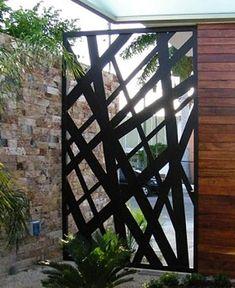Herrería artística. Gate Design, Facade Design, Exterior Sliding Barn Doors, Burglar Bars, Cnc Cutting Design, Modern House Plans, Garden Gates, Abstract Canvas, Backyard Landscaping