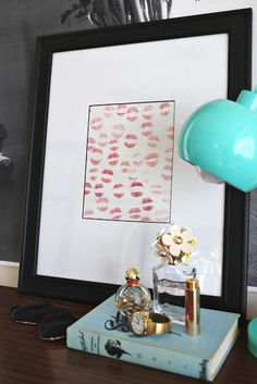 This would be cute to recreate above my vanity.