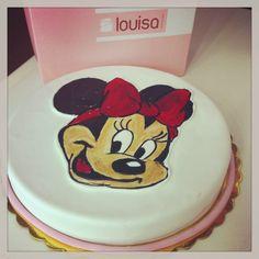 I love my Minnie Mouse birthday cake!