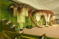 Wedding Reception Backdrop, Wedding Mandap, Wedding Receptions, Wedding Stage Decorations, Backdrop Decorations, Backdrops, Marriage Hall Decoration, Indian Wedding Theme, Floral Wedding
