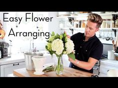 Easy Grocery Store Flower Arranging, Home Hacks, Theodore Leaf. I find flower arranging to be hard and frustrating sometimes so I wanted to make a video showing easy tips to make it fun. This flower arrangement was inspired my my sisters wedding bouquet Hydrangea Arrangements, Flower Arrangements Simple, Simple Centerpieces, Flower Centerpieces, Altar Flowers, Table Flowers, Making Wedding Invitations, Baby Shower Flowers, Sister Wedding