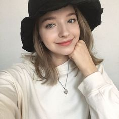 Cute Girl Photo, Cool Girl, Angelina Danilova, Chica Cool, Western Girl, Russian Beauty, Girls Selfies, Couple Outfits, Hey Girl