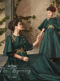 - Karma Tucute Mother & Daughter Designer Gown Collection To Series - DStyle Icon Fashion Pakistani Fashion Party Wear, Pakistani Formal Dresses, Pakistani Dress Design, Baby Girl Dress Patterns, Baby Dress Design, Baby Girl Dresses, Mom Daughter Matching Dresses, Mother Daughter Fashion, Kids Gown