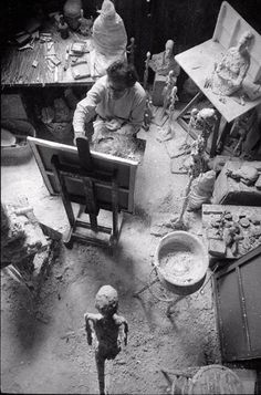 Alberto Giacometti, Painting in his studio, 1965 on ArtStack #alberto-giacometti #art