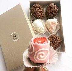 Fresas cubiertas con chocolate! Ya tienes tu cajita?  Realiza tu pedido al 507 6629-8138 #deliverypty #delivery #fresas #chocolate #fresasconchocolate #fresasconchoco #fresasconamor #pty507