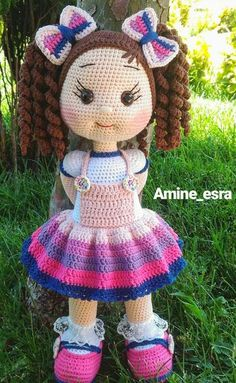 Gorgeous Amigurumi Dolls Love this sweet travelling doll crochet amigurumi pattern!As you know, I love amigurumi! And I'm so impressed by the lovely amigurumi doll patterns that are a Yazıyı Oku… Make your child your own toy … my the is Doll Dress Crochet Dolls Free Patterns, Crochet Doll Pattern, Doll Patterns, Crochet Doll Clothes, Knitted Dolls, Crochet Patterns Amigurumi, Amigurumi Doll, Knitting Projects, Crochet Projects