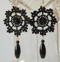 Nero orecchini gioielli orecchini all'uncinetto di lindapaula