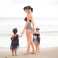 15 matching mom and daughter beach outfits - styleoholic Mother Daughter Outfits, Mommy And Me Outfits, Mom Daughter, Mother Daughters, Cole And Savannah, Savannah Chat, Kids Swimwear, Swimsuits, Mommy And Me Swimwear