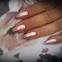 #wanitanails #mirroreffect #metalmanix #rosegoldnails