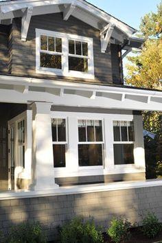 25 Astonishing Eksterior & Interior Window Trim Ideas for Your Dreamed House! - Home Decor Ideas Craftsman Windows, Craftsman Exterior, Exterior Trim, Craftsman Style Homes, House Paint Exterior, Craftsman Bungalows, Exterior House Colors, Exterior Design, Exterior Windows