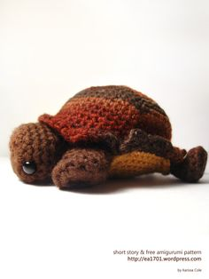 Shy the Tortoise by Karissa Cole 2013  ~ free pattern