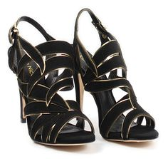 Perfect for any formal occasion. Open Toe Shoes, Open Toe Sandals, High Heels, Shoes Heels, Beautiful Shoes, Wedges, Glamour, Leather, Black