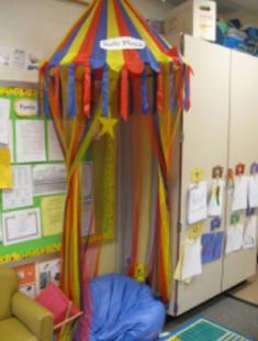 """Classroom Comfort Corners   Starr Commonwealth: The concept of """"safe spaces"""" or """"comfort corners"""" in school classrooms is part of the movement in helping our schools become trauma informed."""