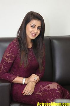 Nikki Galrani Latest Photos in Purple Color Dress at Marakathamani Movie Interview. Beautiful Bollywood Actress, Beautiful Indian Actress, Beautiful Actresses, South Indian Actress Hot, Beautiful Women Over 40, Indian Gowns, Tamil Actress Photos, Beauty Full Girl, Bare Beauty