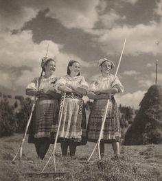 Heart Of Europe, Folk Costume, My Heritage, Eastern Europe, Historical Photos, Folklore, Pagan, Mythology, Traditional
