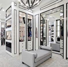 Black and White Closet, Walk-in Luxury Closet, Closet Organization, Interior Design Dream Closet Design, Luxury Homes Interior, Closet Designs, Home Interior Design, Closet Decor, Bedroom Interior, Luxury Closets Design, House Interior, Home