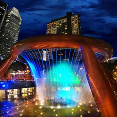 World's Most Amazing Fountains . The Fountains of Wealth,Suntec City,Singapore Dubrovnik, Oh The Places You'll Go, Places To Visit, Beautiful World, Beautiful Places, Amazing Places, Dubai, Buckingham Fountain, By Any Means Necessary