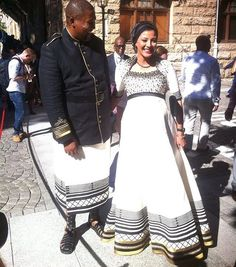 Chief Mandla Mandela and his pregnant wife Rabia Clarke looked stunning on the #SONA2017 red carpet   via MARIE CLAIRE SOUTH AFRICA MAGAZINE OFFICIAL INSTAGRAM - Celebrity  Fashion  Haute Couture  Advertising  Culture  Beauty  Editorial Photography  Magazine Covers  Supermodels  Runway Models Xhosa Attire, African Attire, African Wear, African Fashion Dresses, African Dress, South African Traditional Dresses, Traditional Outfits, African Girl, African Women
