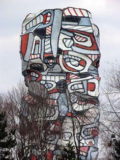 The largest sculpture created by Jean Dubuffet - Villa Falbala Saint Germain, Art Public, Jean Dubuffet, Jean Philippe, Moving To Paris, Three Dimensional, Jeans, Wall Murals, Fashion Art