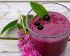 blueberry avocado smoothie